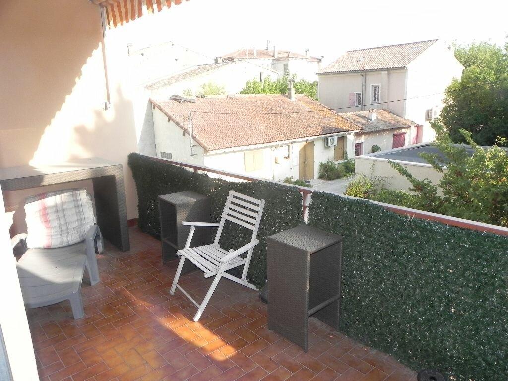 Achat Appartement 4 pièces à L'Isle-sur-la-Sorgue - vignette-1