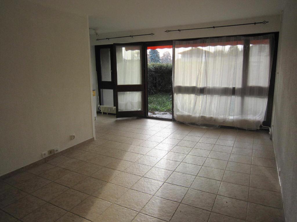 Achat Appartement 1 pièce à Ornex - vignette-1
