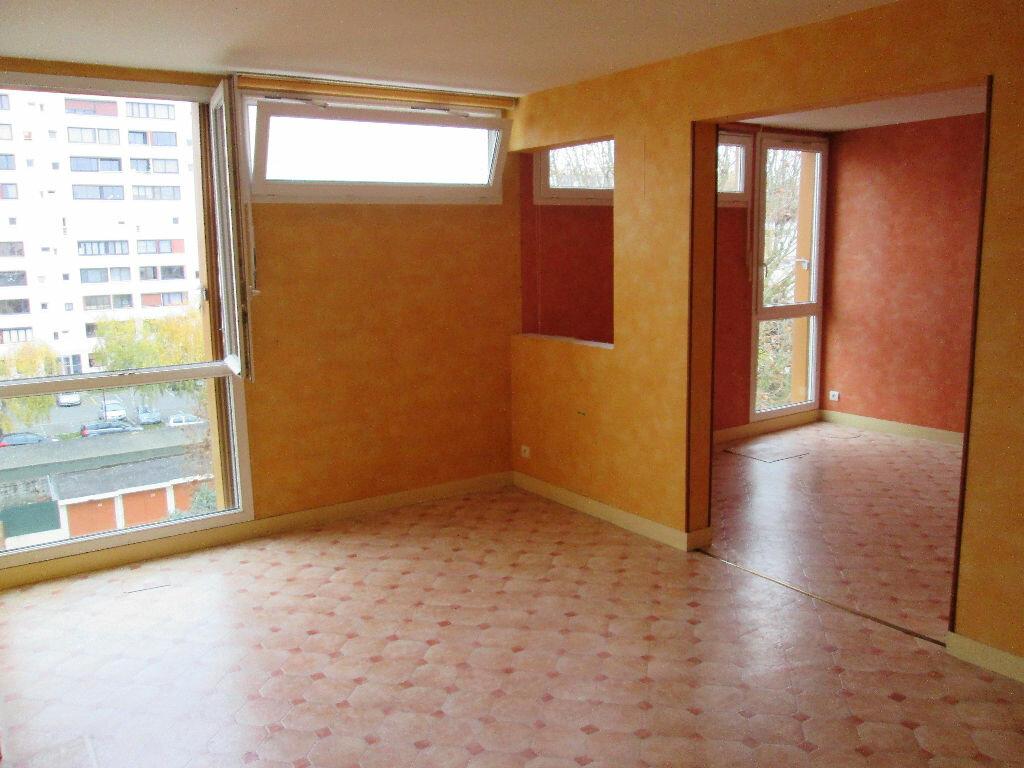 Achat Appartement 5 pièces à Fresnes - vignette-1