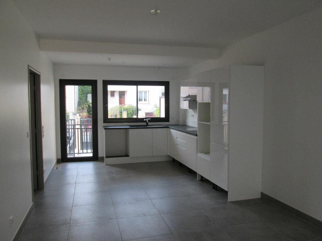 Location Appartement 4 pièces à Antony - vignette-4