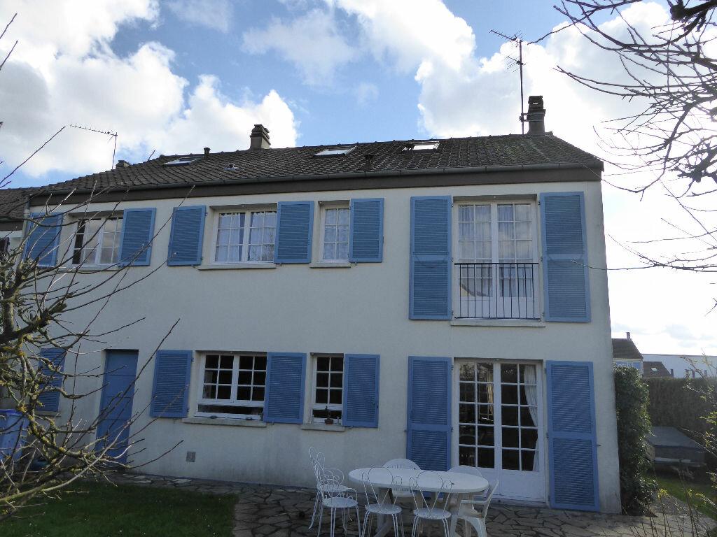 Achat Maison 7 pièces à Rambouillet - vignette-1