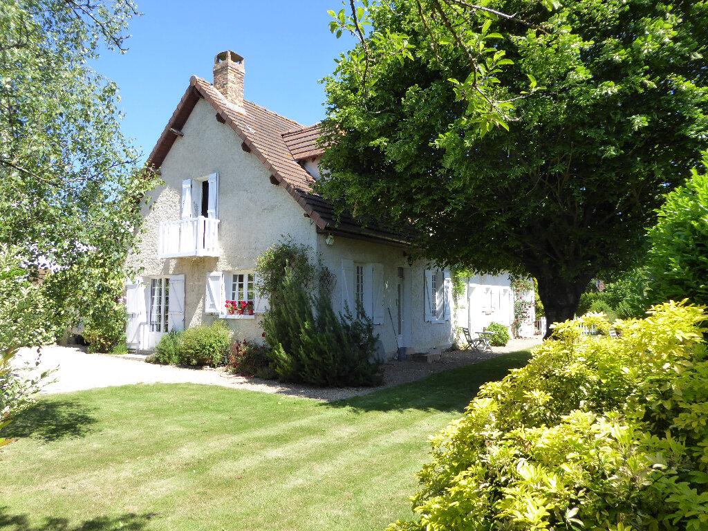 Achat Maison 7 pièces à Saint-Léger-en-Yvelines - vignette-1