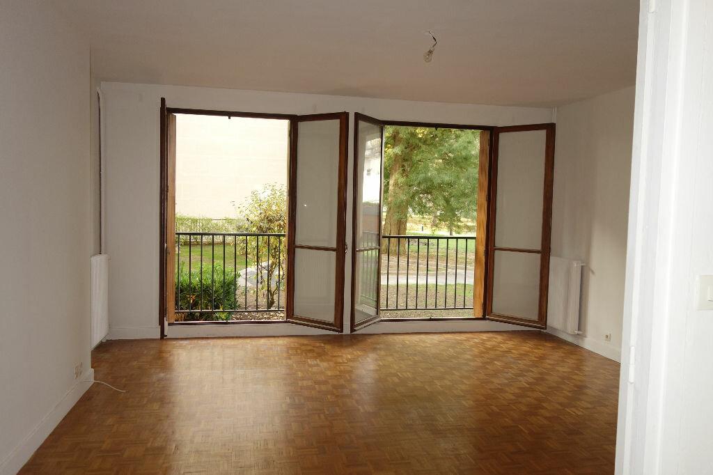 Location Appartement 2 pièces à Rambouillet - vignette-1