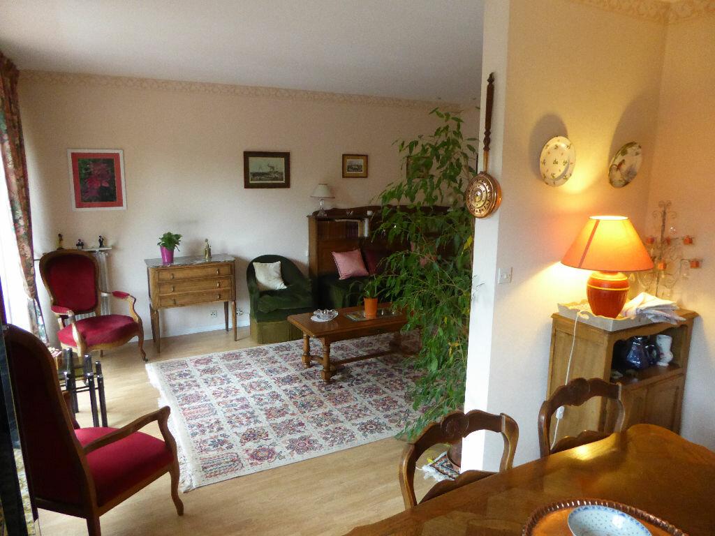 Achat Appartement 5 pièces à Rambouillet - vignette-1