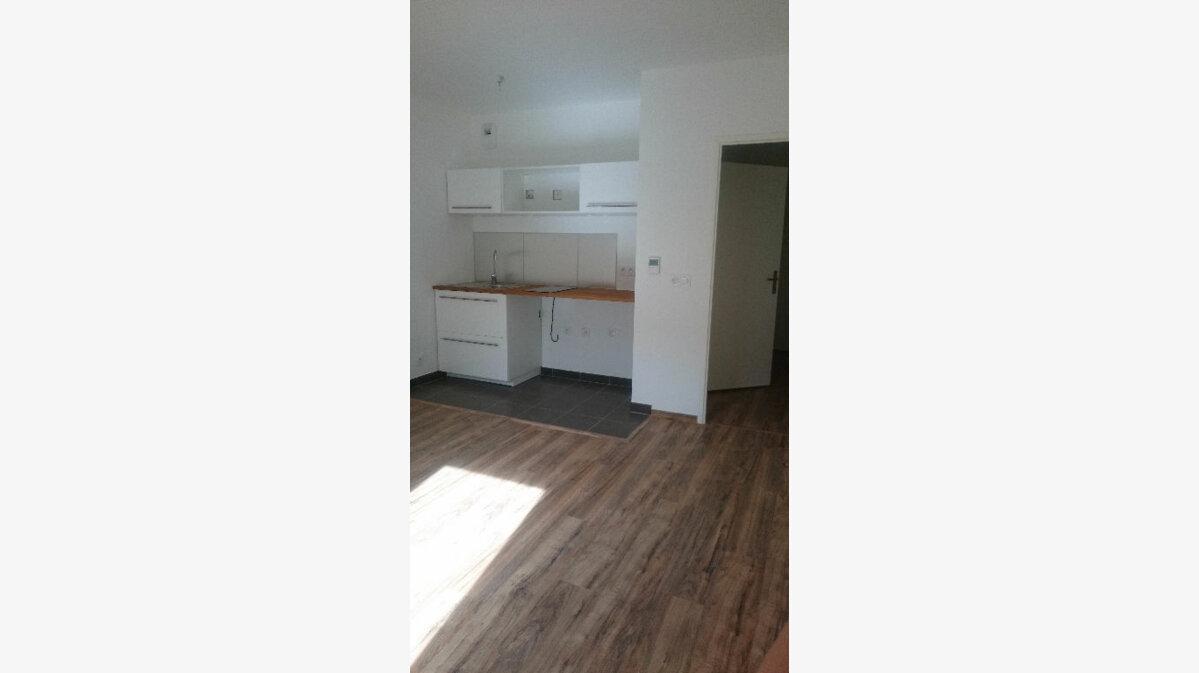 Location Appartement 1 pièce à Rambouillet - vignette-1