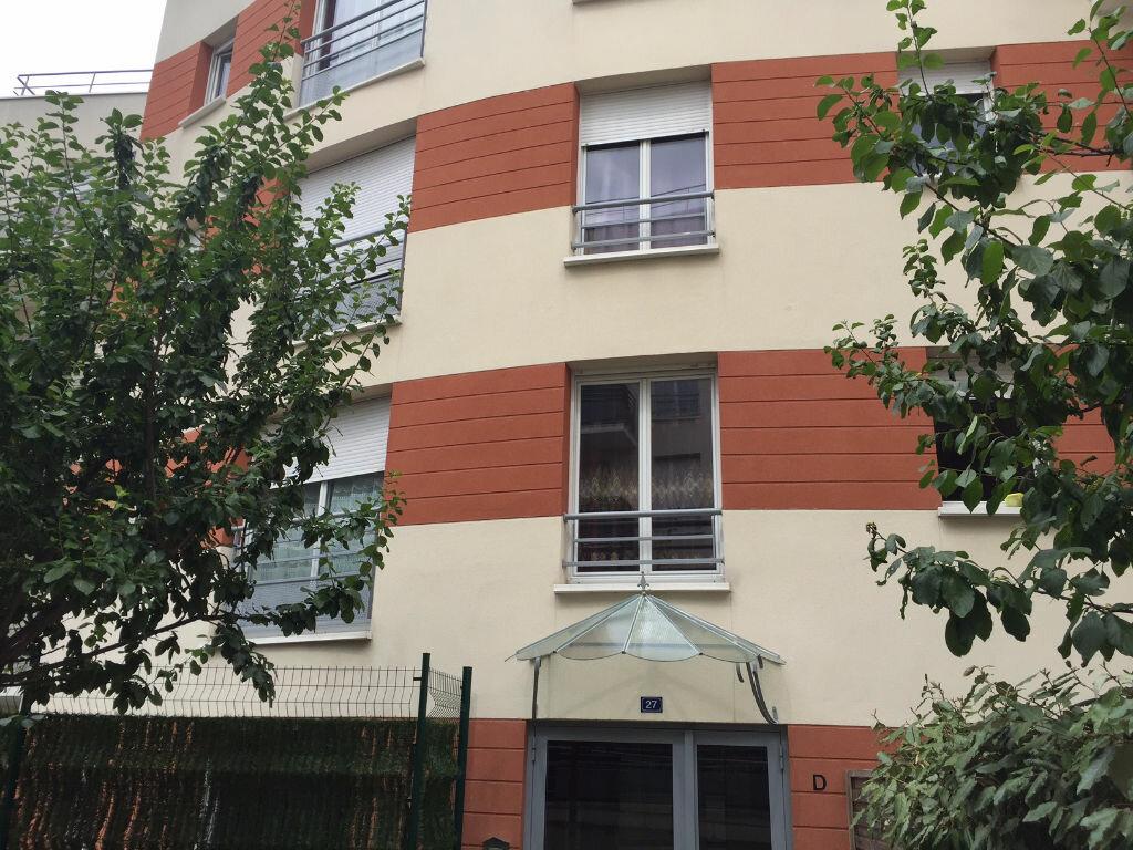 Achat Appartement 3 pièces à La Courneuve - vignette-1