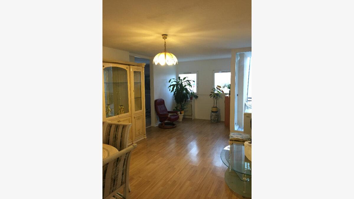 Achat Appartement 4 pièces à La Courneuve - vignette-1