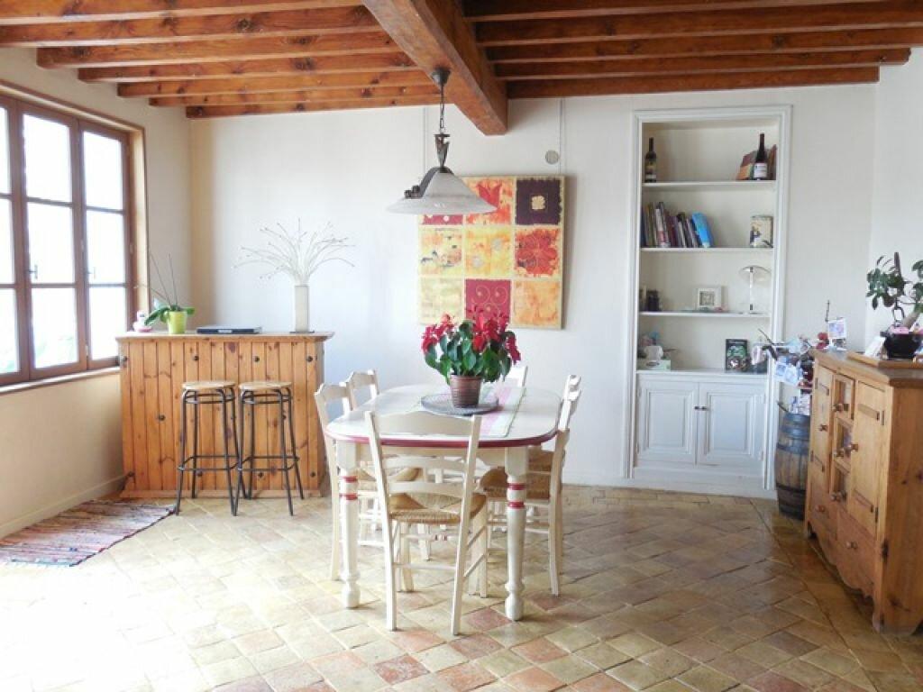Achat Maison 6 pièces à Saint-Étienne-la-Varenne - vignette-1