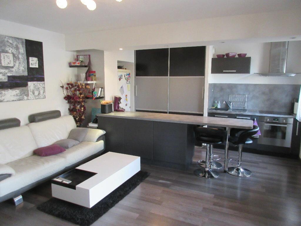 Achat Appartement 3 pièces à Limas - vignette-1