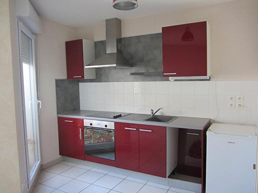 Achat Appartement 2 pièces à Villefranche-sur-Saône - vignette-1