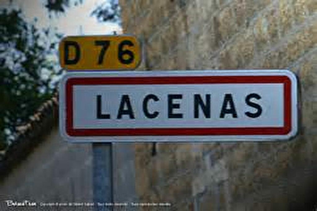 Achat Terrain  à Lacenas - vignette-1