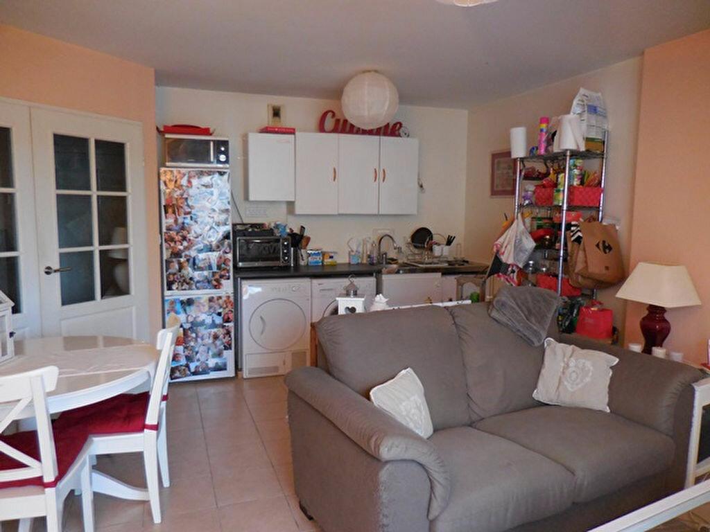 Achat Appartement 2 pièces à Villefranche-sur-Saône - vignette-5