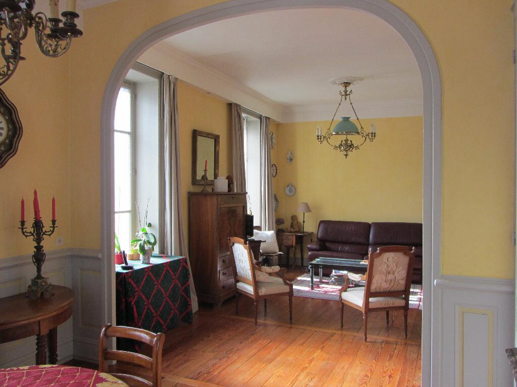Achat Maison 12 pièces à Villefranche-sur-Saône - vignette-6
