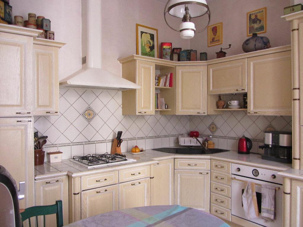 Achat Maison 12 pièces à Villefranche-sur-Saône - vignette-15