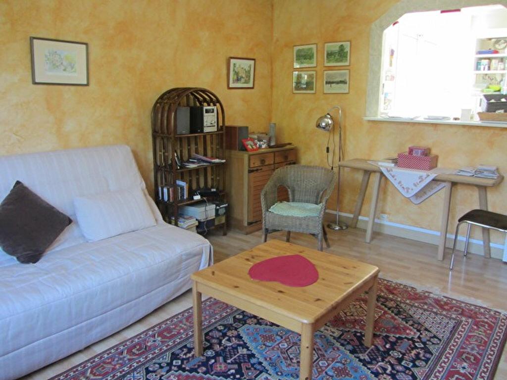 Achat Appartement 3 pièces à Villefranche-sur-Saône - vignette-3