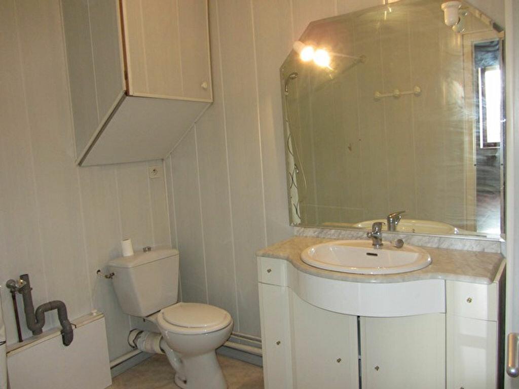 Achat Appartement 2 pièces à Villefranche-sur-Saône - vignette-4