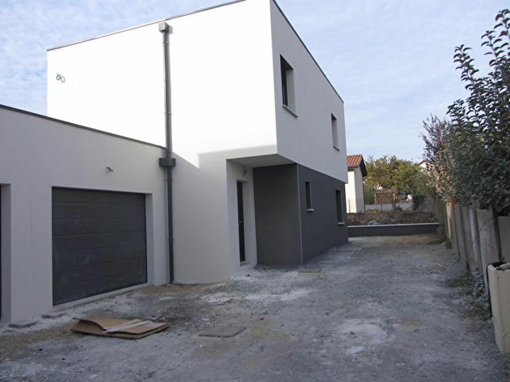 Achat Maison 4 pièces à Villefranche-sur-Saône - vignette-2