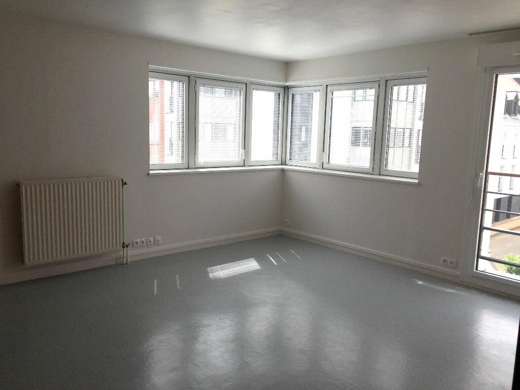 Location Appartement 3 pièces à Rouen - vignette-2