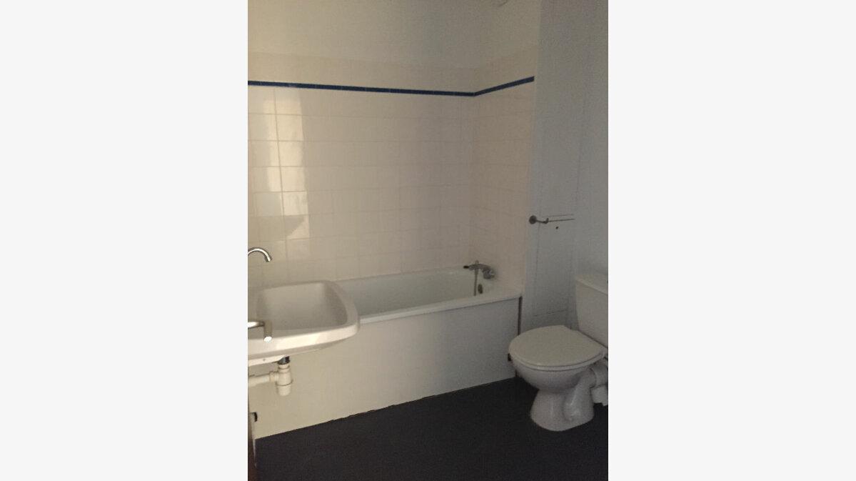 Location Appartement 3 pièces à Rouen - vignette-6