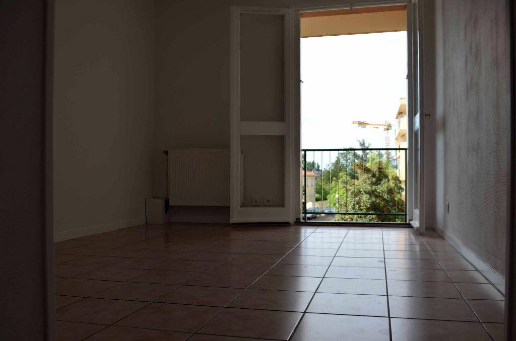 Achat Appartement 1 pièce à Blagnac - vignette-2