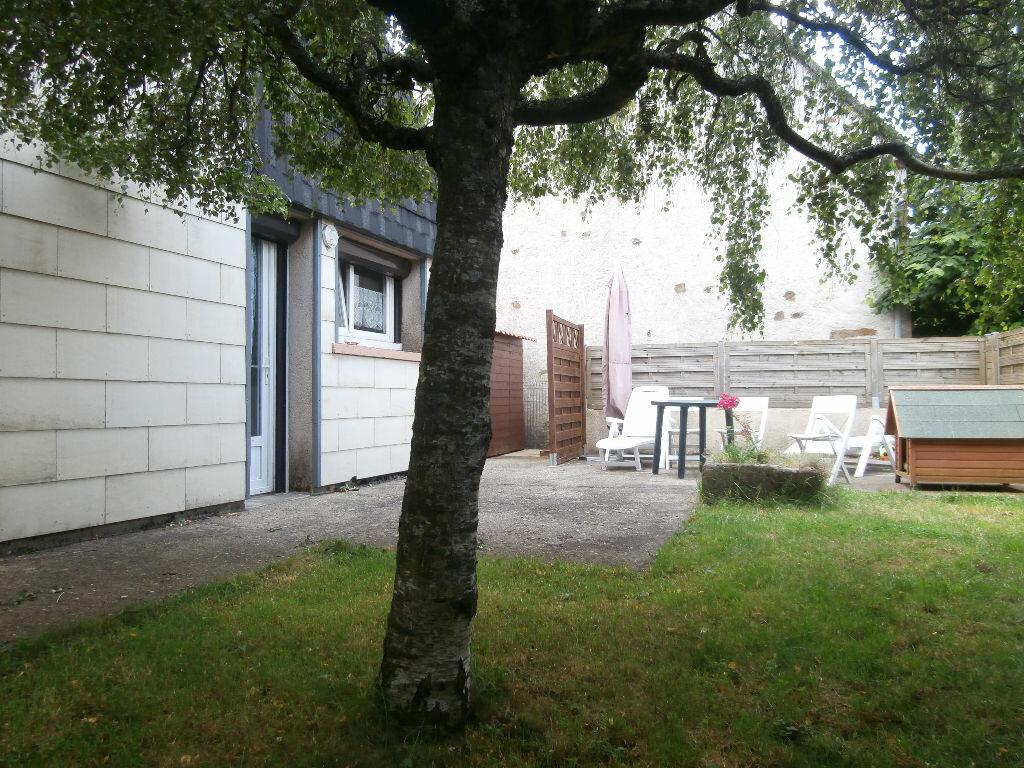 Achat Maison 6 pièces à Rochefort-Montagne - vignette-1