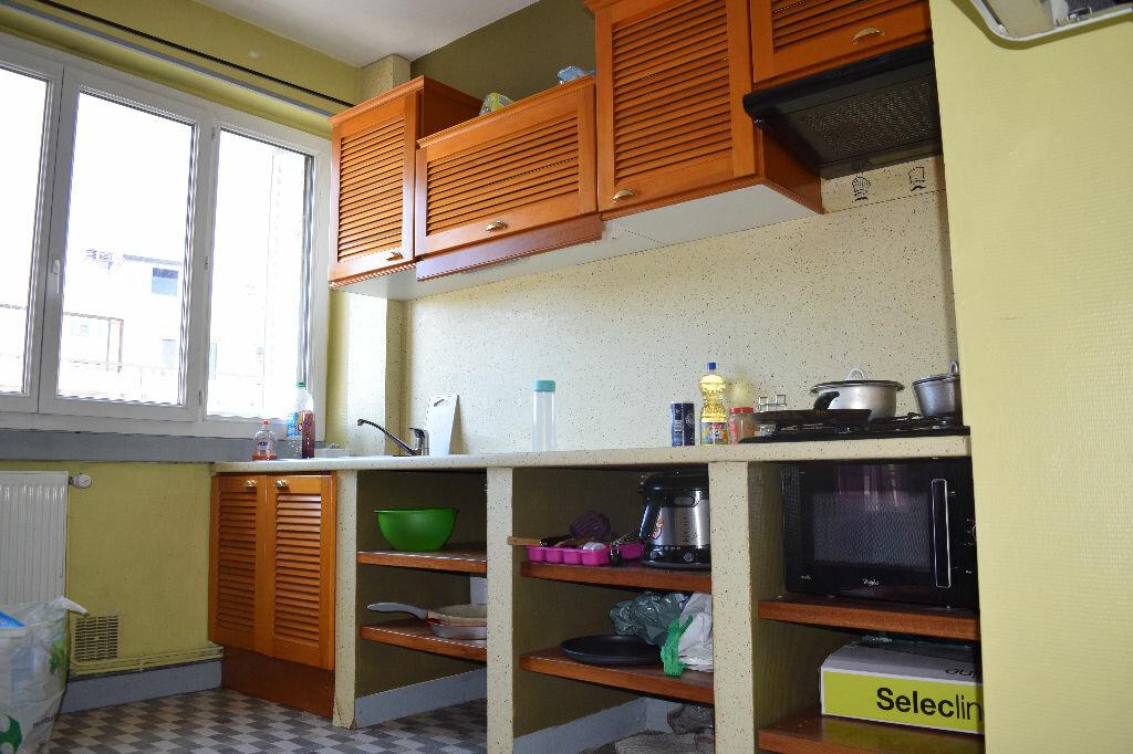 Achat Appartement 2 pièces à Clermont-Ferrand - vignette-1