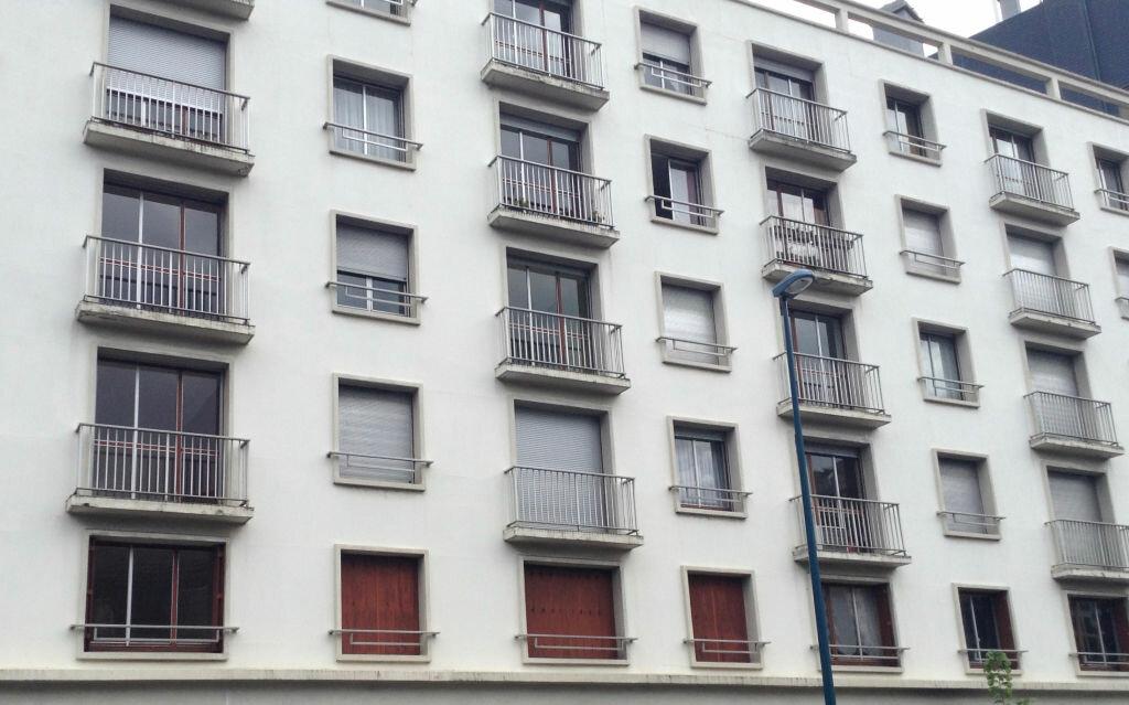 Achat Appartement 3 pièces à Clermont-Ferrand - vignette-3