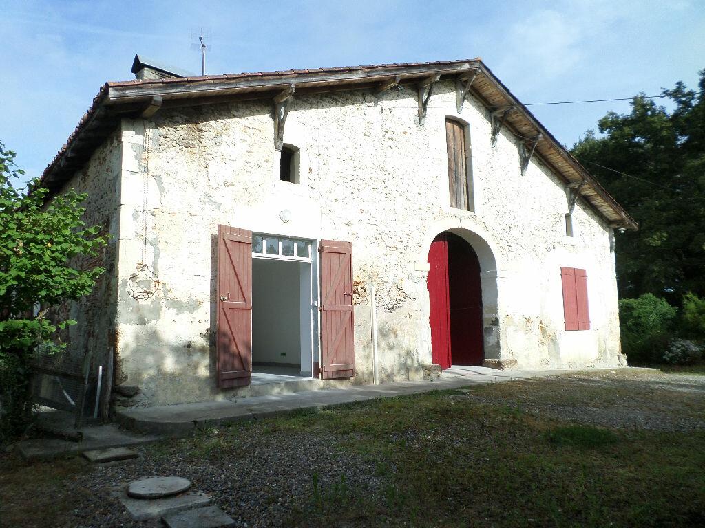 Location Maison 3 pièces à Arsague - vignette-1