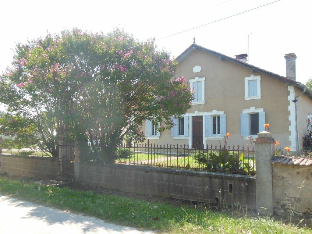 Location Maison 4 pièces à Goos - vignette-1