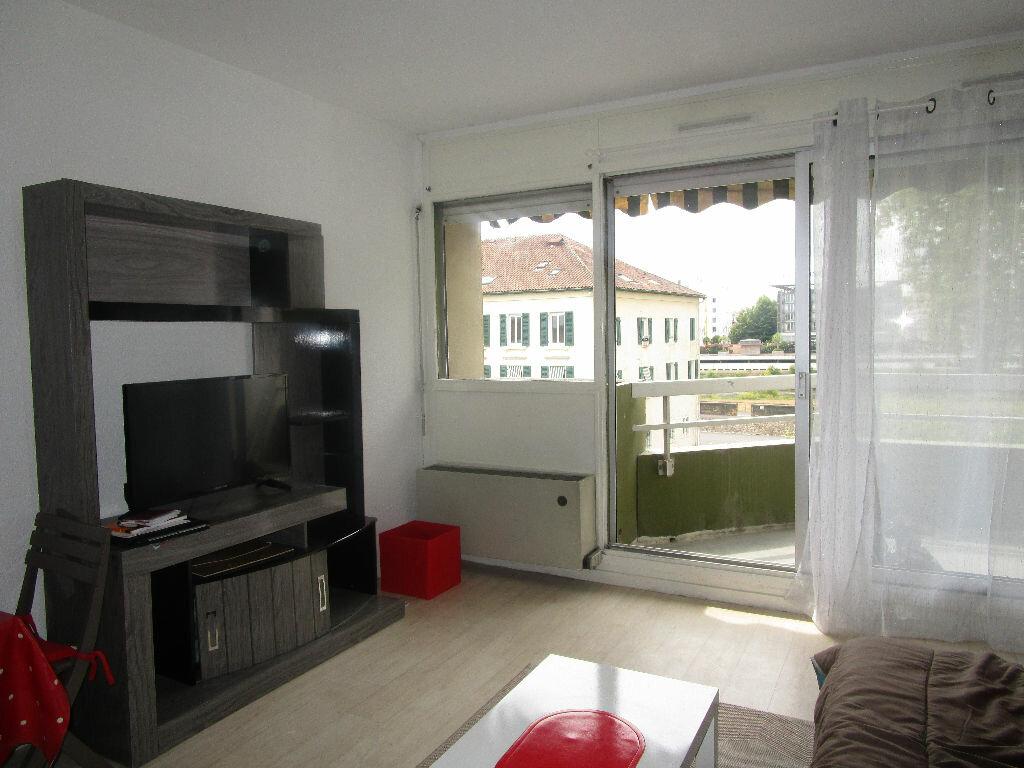 Achat Appartement 1 pièce à Dax - vignette-1
