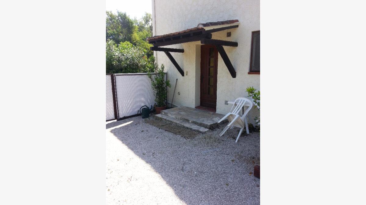 Location Appartement 1 pièce à Antibes - vignette-1