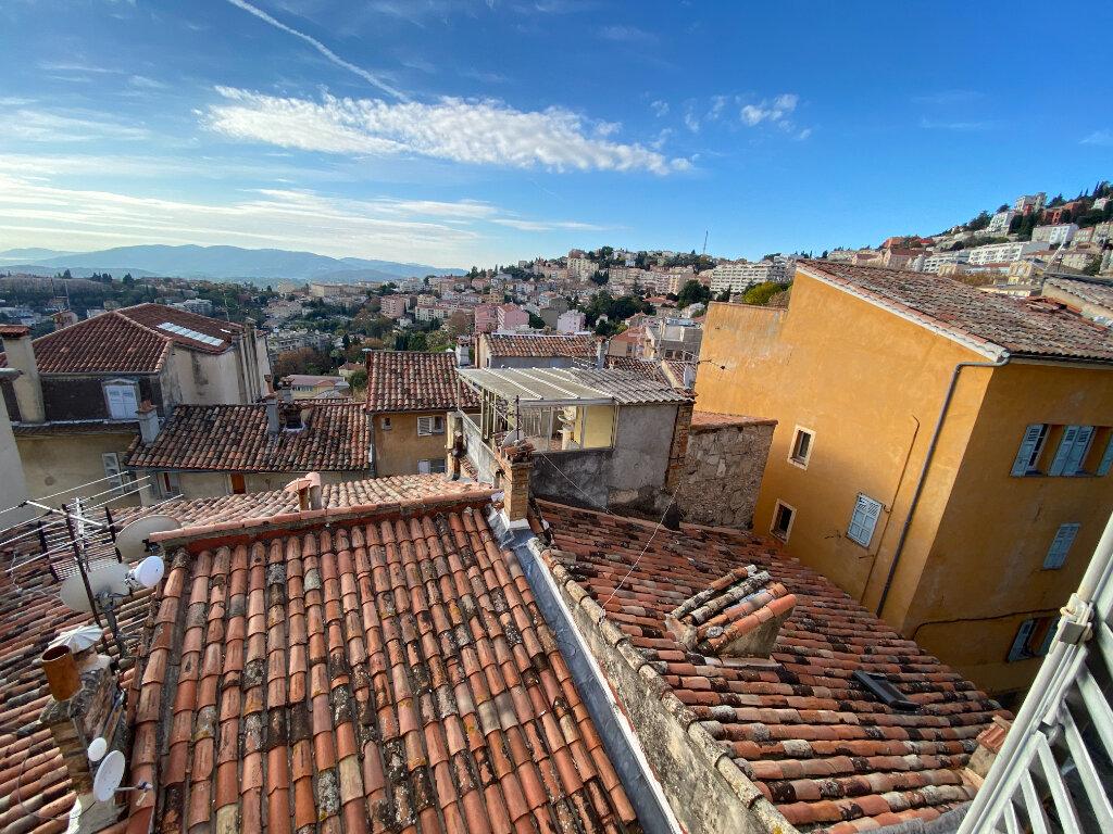 Location Appartement 4 pièces à Grasse - vignette-1