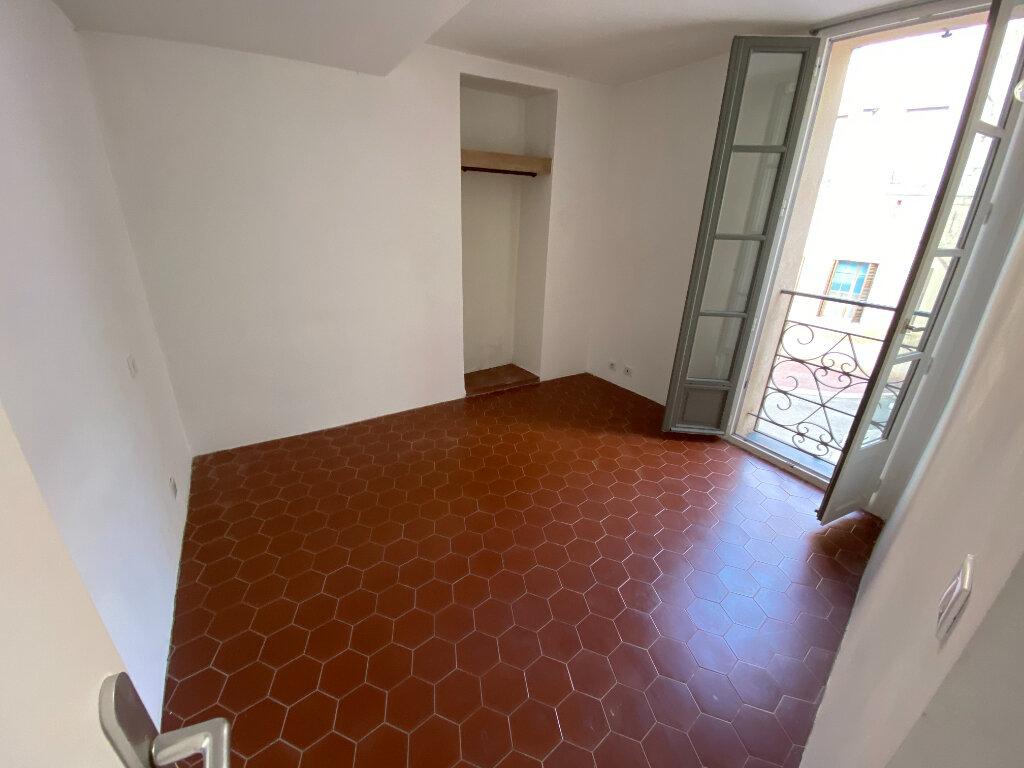 Location Appartement 4 pièces à Grasse - vignette-3