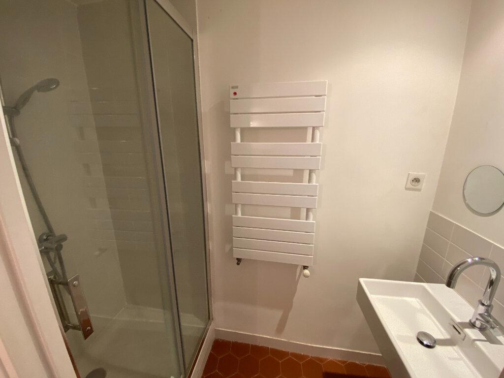 Location Appartement 4 pièces à Grasse - vignette-5