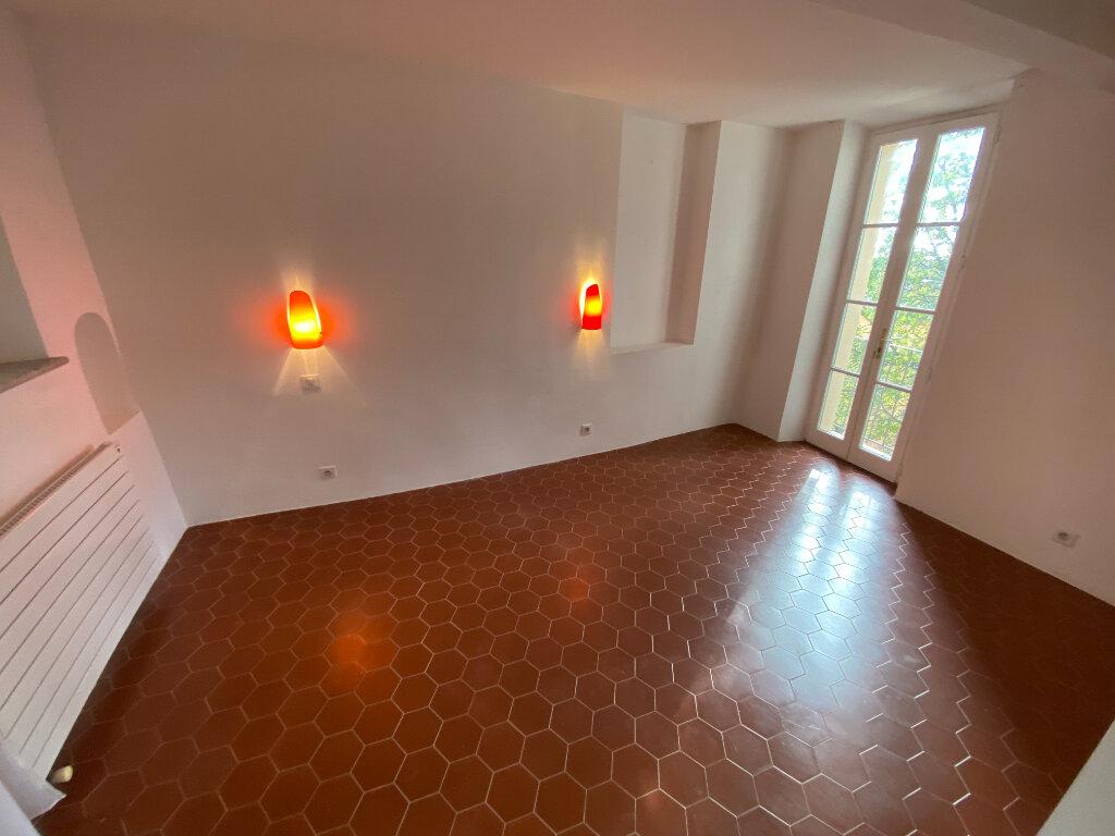 Location Appartement 4 pièces à Grasse - vignette-17