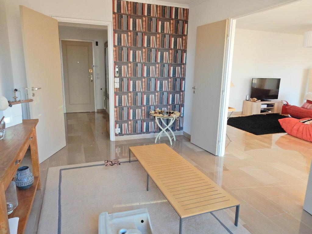 Achat Appartement 4 pièces à Antibes - vignette-1