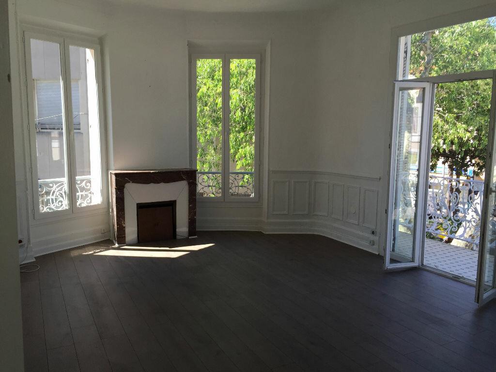 Location Appartement 5 pièces à Antibes - vignette-1