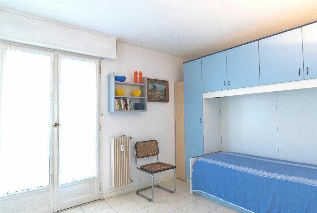 Achat Appartement 3 pièces à Antibes - vignette-6