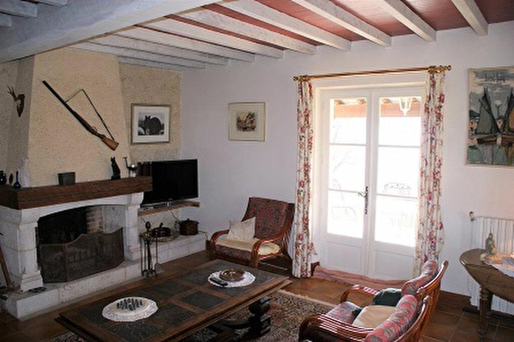 Achat Maison 5 pièces à Saint-Martin-de-Goyne - vignette-5