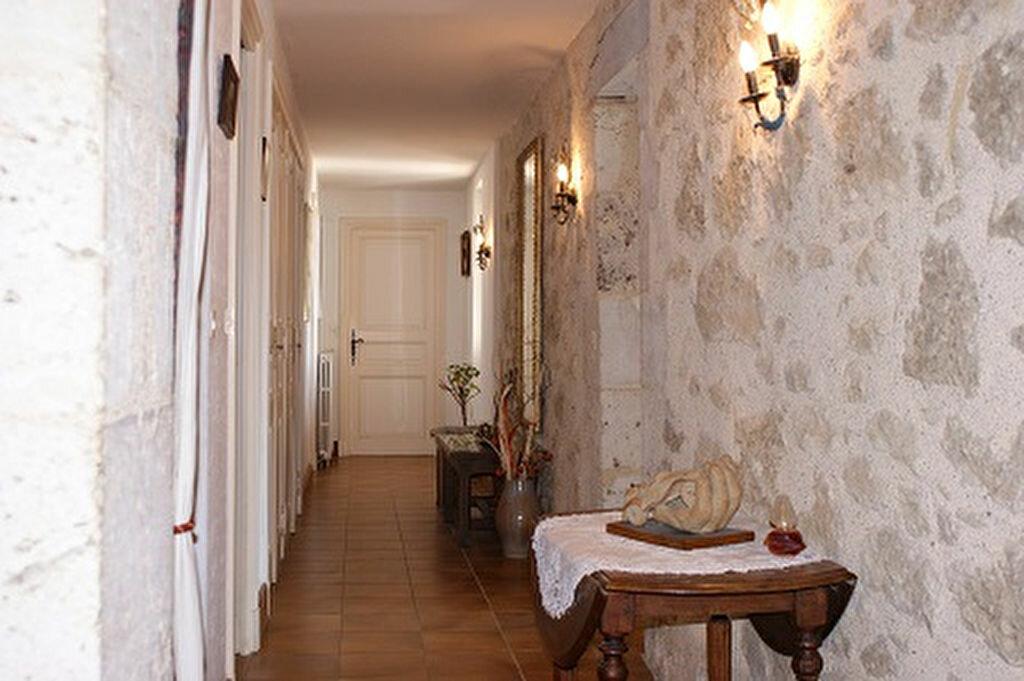 Achat Maison 5 pièces à Saint-Martin-de-Goyne - vignette-12