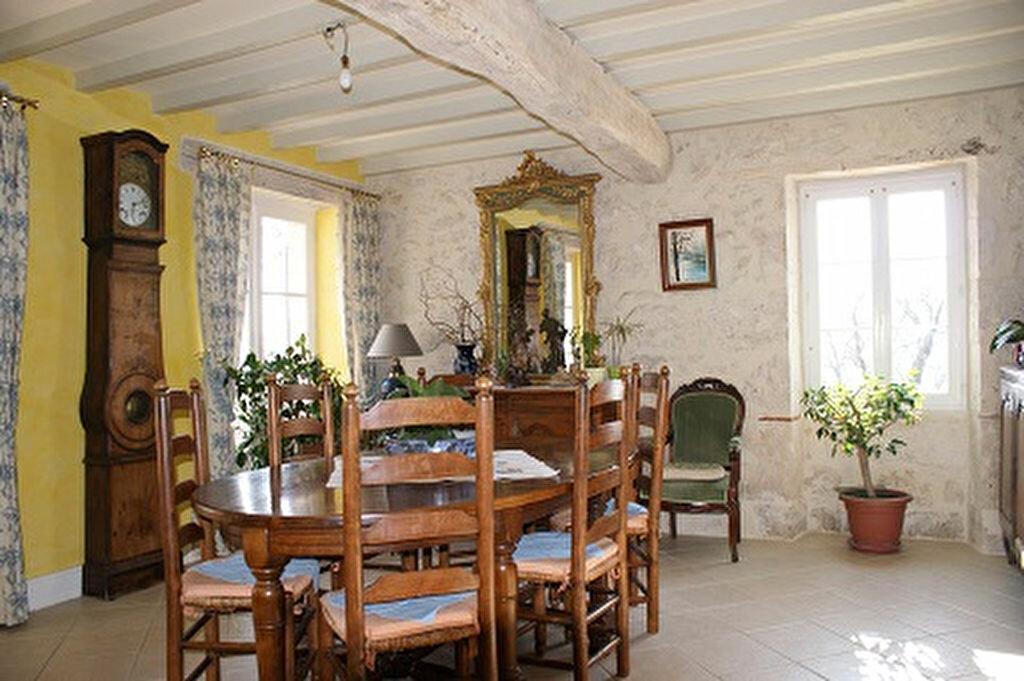 Achat Maison 5 pièces à Saint-Martin-de-Goyne - vignette-15