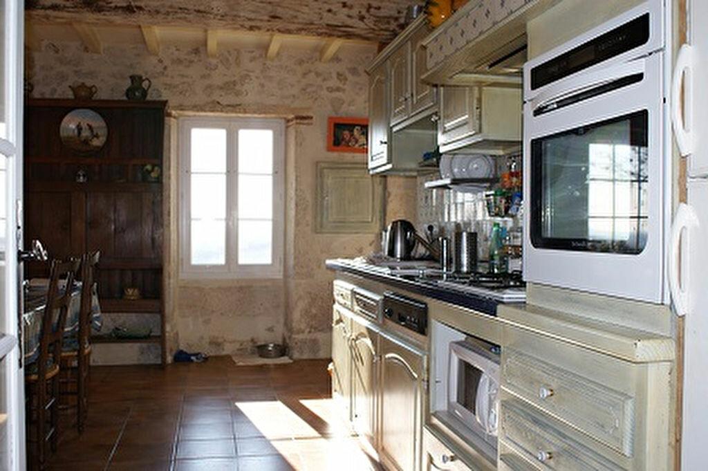 Achat Maison 5 pièces à Saint-Martin-de-Goyne - vignette-16