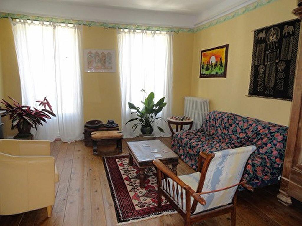 Achat Appartement 4 pièces à Fleurance - vignette-1