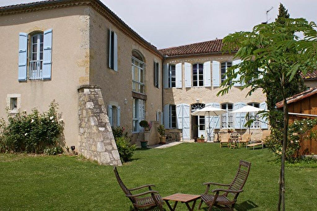 Achat Maison 10 pièces à Saint-Puy - vignette-1