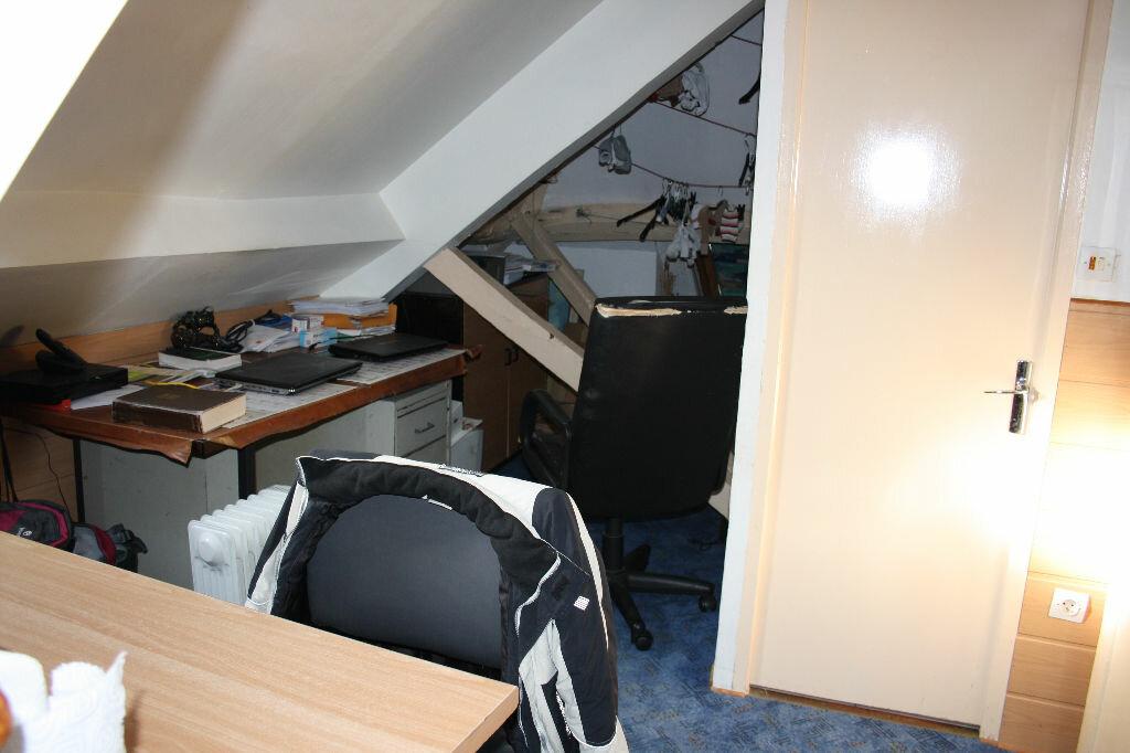 Achat Appartement 4 pièces à Auxerre - vignette-1