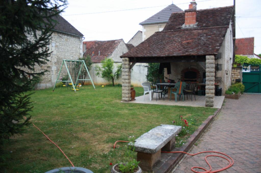 Achat Maison 6 pièces à Escolives-Sainte-Camille - vignette-1