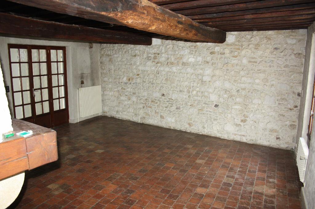 Achat Appartement 7 pièces à Auxerre - vignette-2