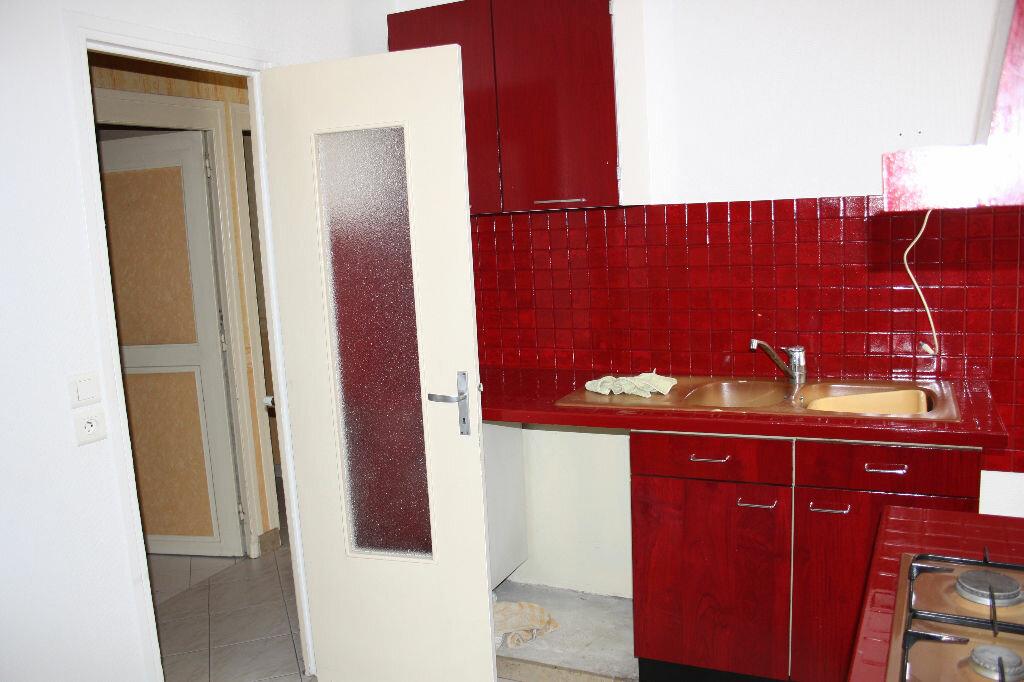 Achat Appartement 7 pièces à Auxerre - vignette-3