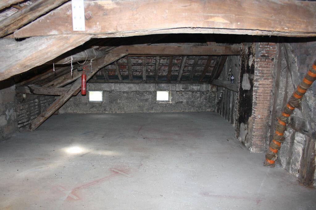 Achat Appartement 7 pièces à Auxerre - vignette-7