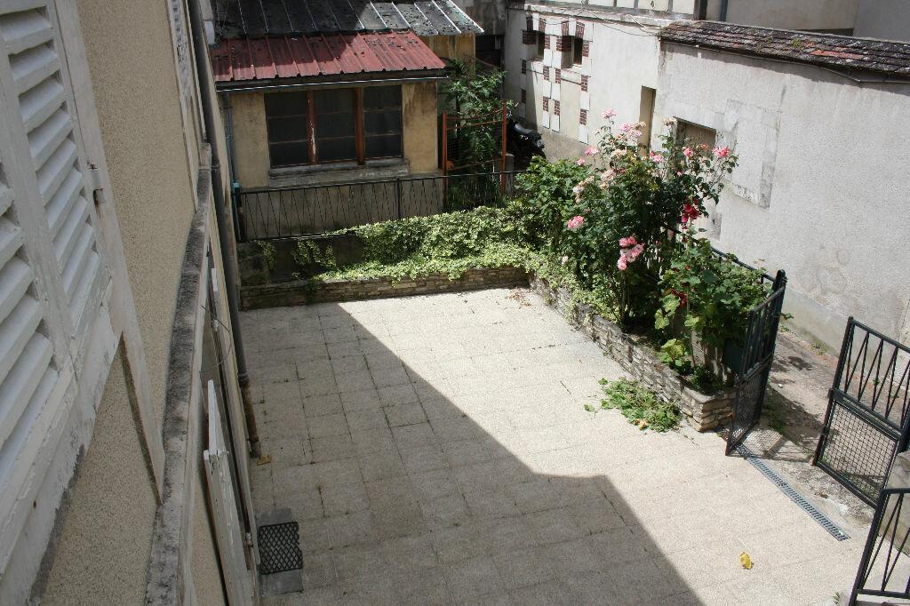 Achat Appartement 7 pièces à Auxerre - vignette-8